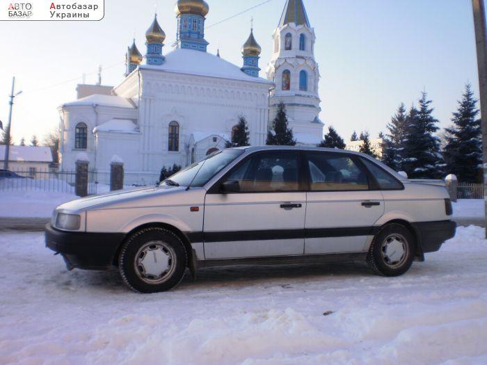 Volkswagen Passat B3.  Г…