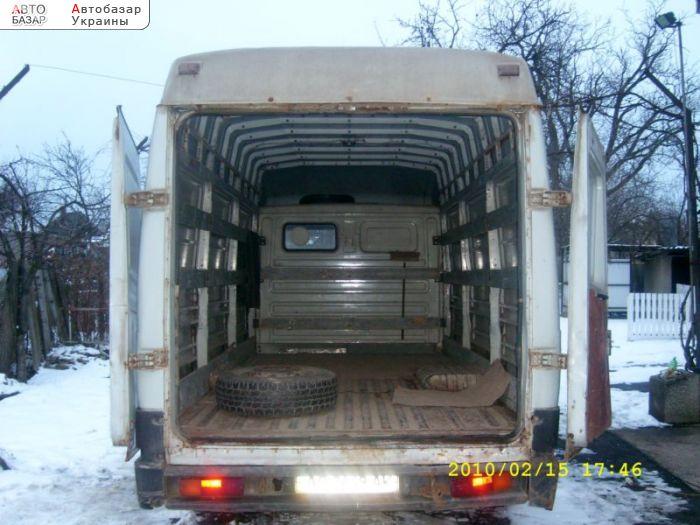 Продам ЗИЛ Бычок 5301 СС 2001г.в.  В наличии лицензия на внутренние и международные перевозки до 2013г.