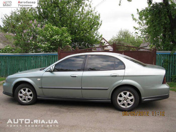 Электростеклоподъёмники.  Меняю легковой автомобиль 2005 Chevrolet Evanda.  Климат-контроль.  Киевская обл.