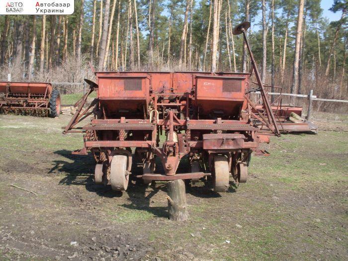 Картофельная сажалка на трактор Т- 40. Обзор - YouTube